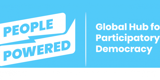 Logo (quer) von People Powered @ People Powered